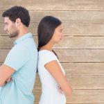 突然不機嫌6割の男性が経験アリ!彼女とケンカした時の仲直りのコツ