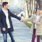 彼氏が落ち込んでいるとき、彼女として何をしたらいい?