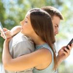 連絡一つで脈なし確定?脈あり女性のうざくない連絡頻度とは?