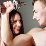 愛され女子の秘訣はこれ!男心をくすぐる「身体のパーツ褒め」の極意